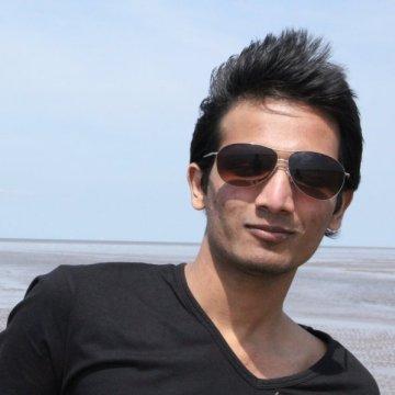 yash, 30, Varanasi, India