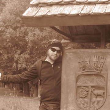 Learsi Alediv, 39, Puerto Montt, Chile