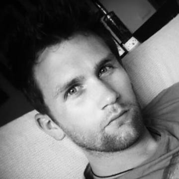 Guy Delhaxhe, 28, Barcelona, Spain