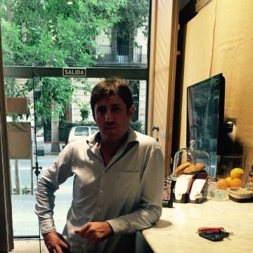 carlos, 41, Barcelona, Spain