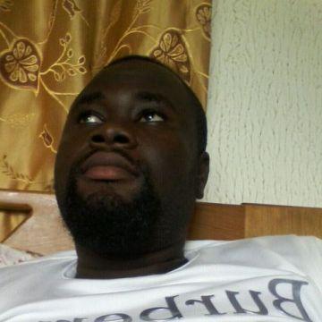 ERIC, 36, Sunyani, Ghana