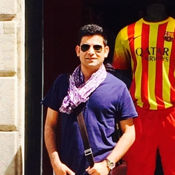 Amit Luthra, 39, Barcelona, Spain