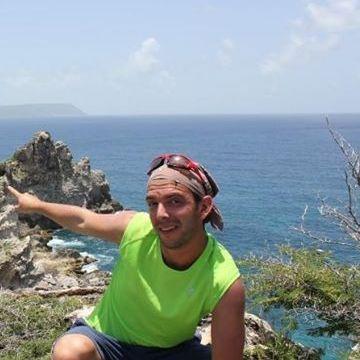 Ekain Berasategi, 32, Donostia-san Sebastian, Spain
