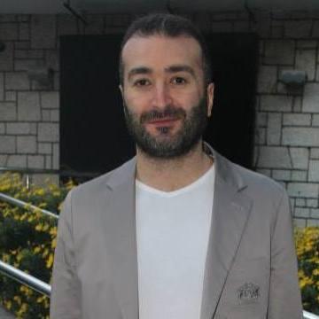 Hakan Yavuzoğlu, 41, Izmir, Turkey