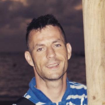 Andres Prats, 36, Badalona, Spain