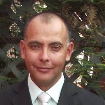 Javier Ibaceta, 41, Iquique, Chile