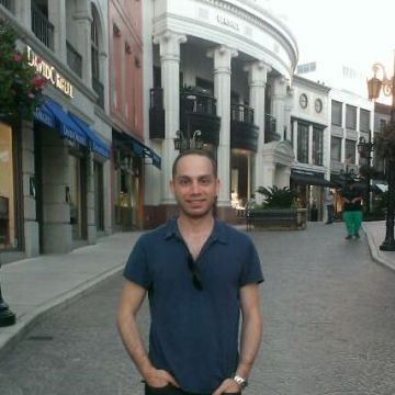 Evren Ulusoy, 37, Istanbul, Turkey