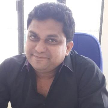 moiz, 40, Varanasi, India