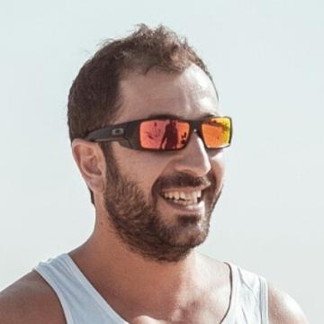 Noda, 36, Dubai, United Arab Emirates