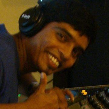 David Aisen, 29, Pune, India