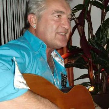 Micheal Shirley, 58, Bern, Switzerland