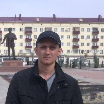 Viktor, 34, Tyumen, Russia