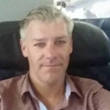Thomas Bosilevac, 41, San Diego, United States