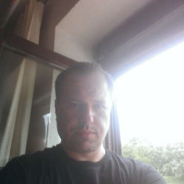 Dennis, 41, New York, United States