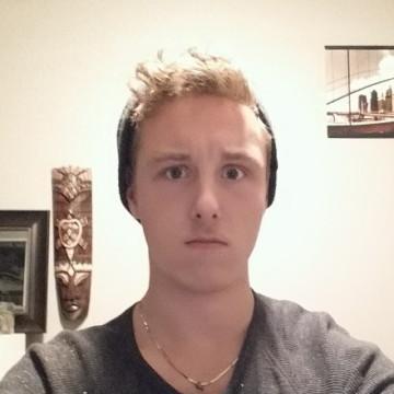 mitchell, 24, Saskatoon, Canada