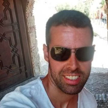 Serge Morales, 34, Granada, Spain