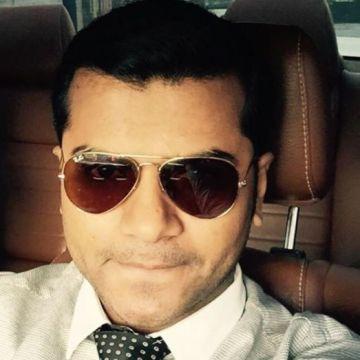 Aamir Siddiqui, 31, Abu Dhabi, United Arab Emirates