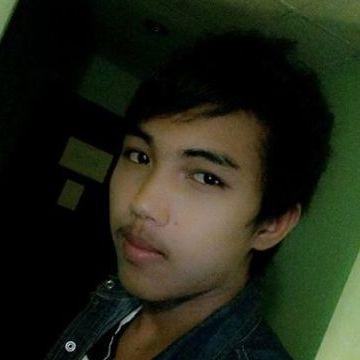 โจ พัทยา, 25, Thep Sathit, Thailand
