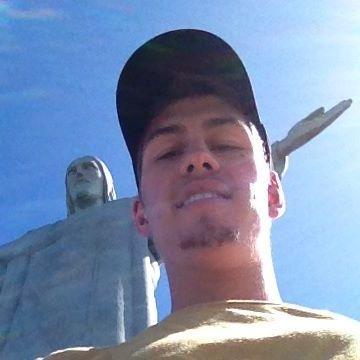Robert, 22, Auburn, United States