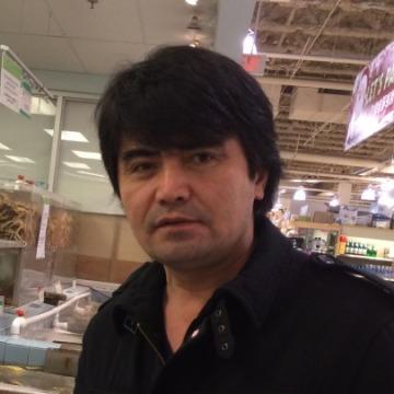 Noyan, 37, Edmonton, Canada
