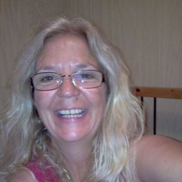 Edna, 57, Clearwater, United States