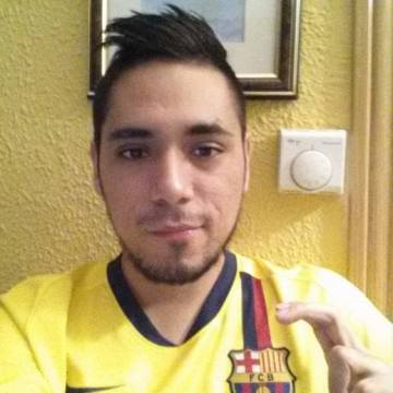 Alex Moscoso, 27, Barcelona, Spain