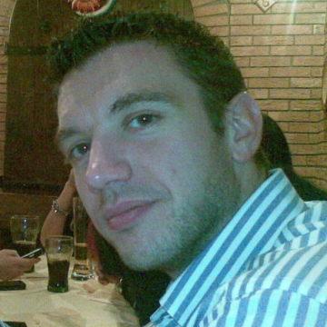 Milo Tassinari, 42, Rovigo, Italy