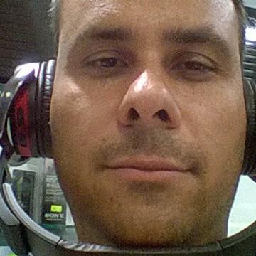 Süleymam Sahin, 43, Izmir, Turkey