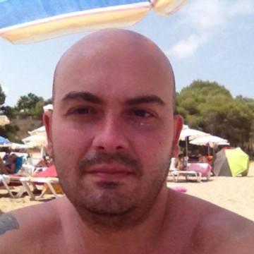 Jordi Santiago Montes, 40, Barcelona, Spain