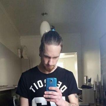 Joel Englund, 24, Karlstad, Sweden