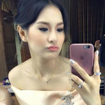 Cheezcake Jarattanakul, 23, Bangkok Noi, Thailand