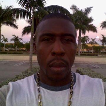 Miguel Clarke, 38, Miami, United States