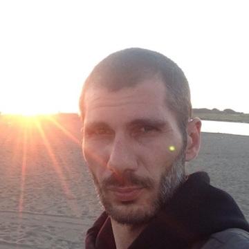 Marco Leopizzi, 40, Rome, Italy