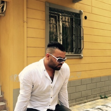 Kadir Gençdal, 35, Izmir, Turkey