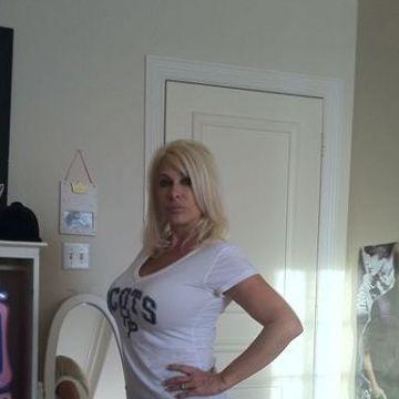 Alyssa Smith, 40, Cornwall, Canada