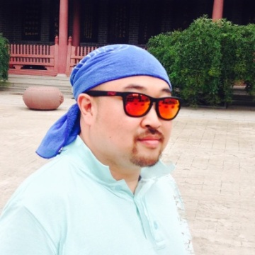 Shin dongwon, 40, Wonju, South Korea