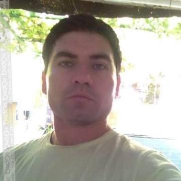 Miguel Vega, 31, Santiago, Chile