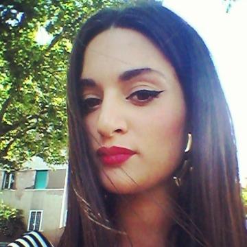 Francesca, 27, Pescara, Italy