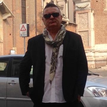 Mauro Puddu, 60, Mailand, Italy