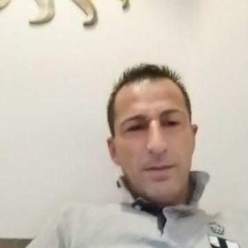 Raffaele Vitalioni, 42, Mailand, Italy