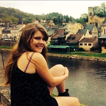 Avalon Heemskerk, 19, Libourne, France