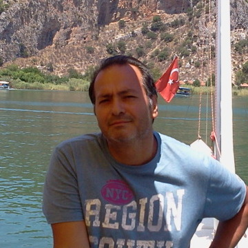 MUHARREM BAYKURT, 45, Istanbul, Turkey