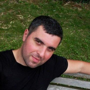 giorgi, 31, Tbilisi, Georgia