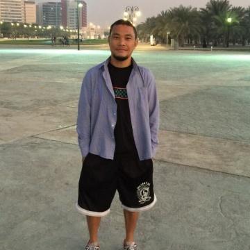 Arnold Sandoval, 38, Abu Dhabi, United Arab Emirates