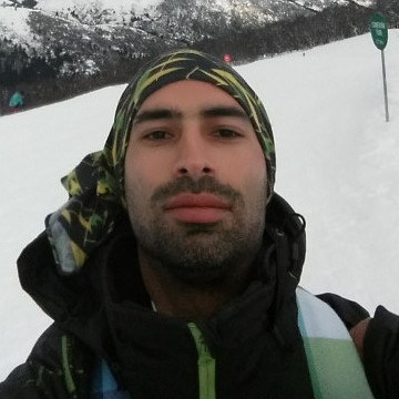 Diego Escalas, 36, Plottier, Argentina