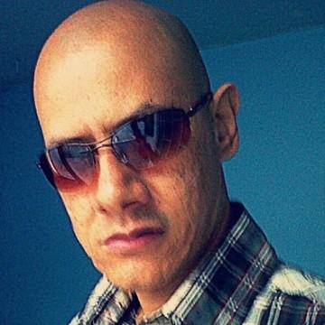 Nilsson Valcárcel, 43, Villavicencio, Colombia