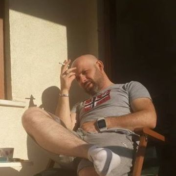 Alp Sa, 39, Istanbul, Turkey