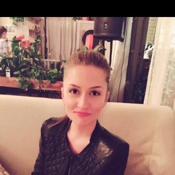 Ekaterina, 32, Saint Petersburg, Russia