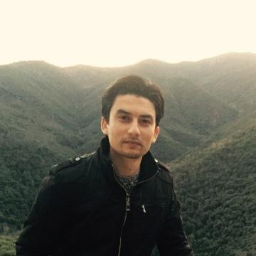ASim Iqbal, 30, Barcelona, Spain