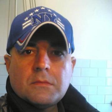 roby, 46, Cormano, Italy